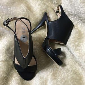 DKNY sexy black sandal